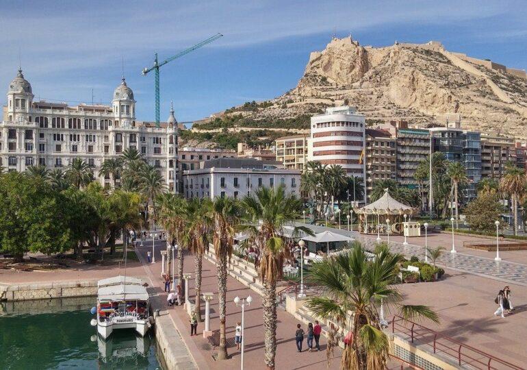 20 municipios de Alicante se suman a la digitalización con los tres primeros proyectos del CENID
