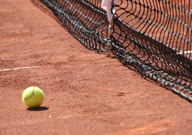 Djokovic recurre a un polémico método para recuperarse de su derrota ante Nadal