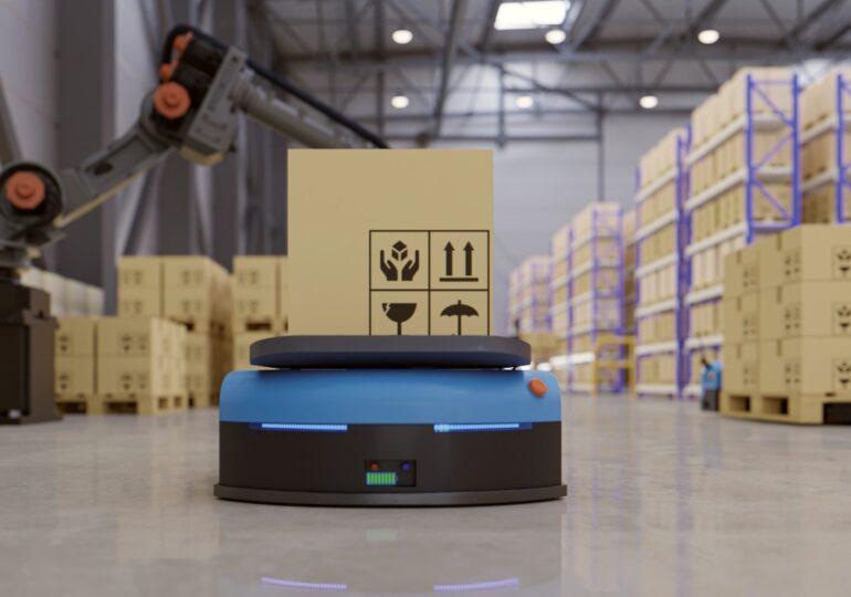 Queda inaugurado el almacén robotizado de Amazon en Murcia